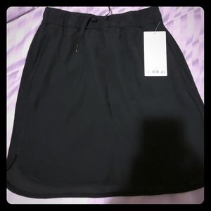 NWT! Lululemon On The Fly Skirt size 8